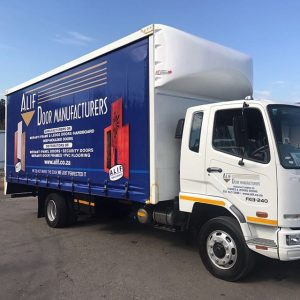 van body/tautliners truck